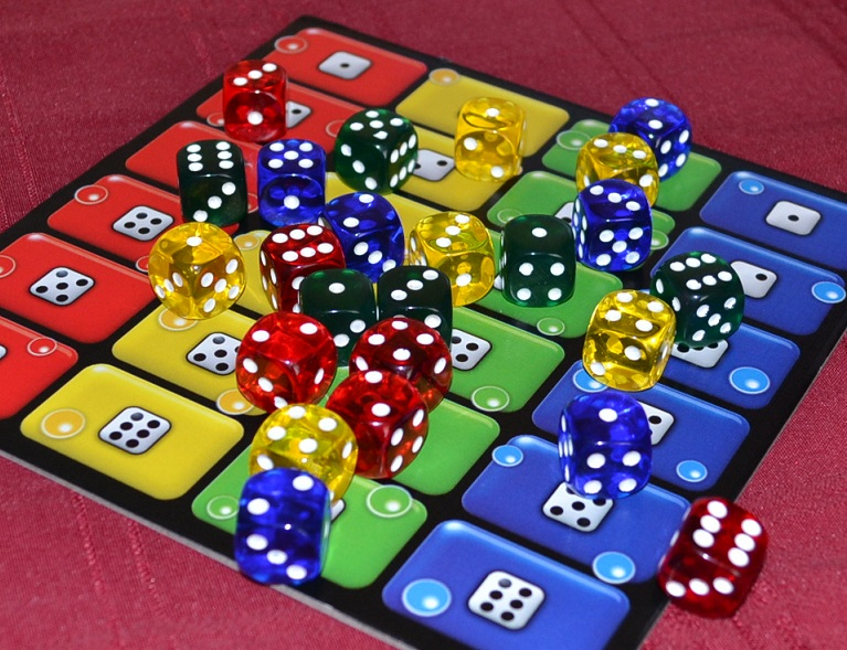 The Board Game Family Dice Racing Fun with Ligretto Dice - The ...